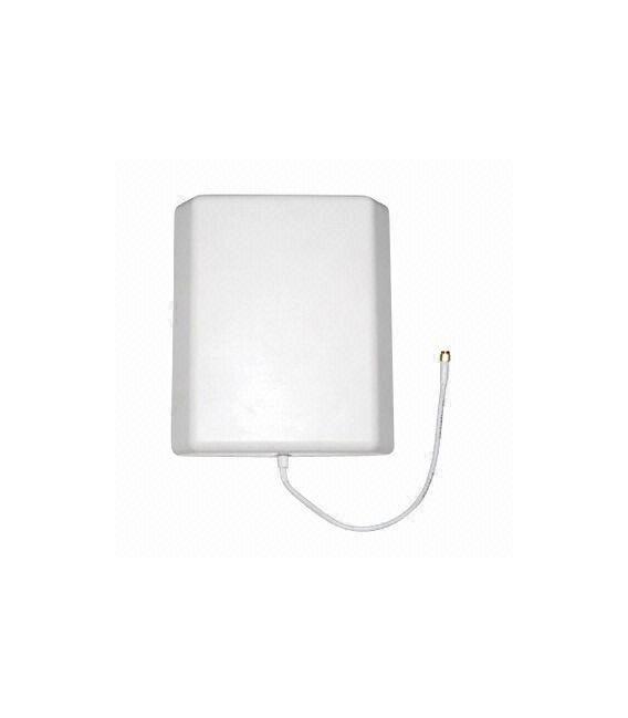 Antena exterior tribanda de tipo panel para montaje en mastil N Hembra